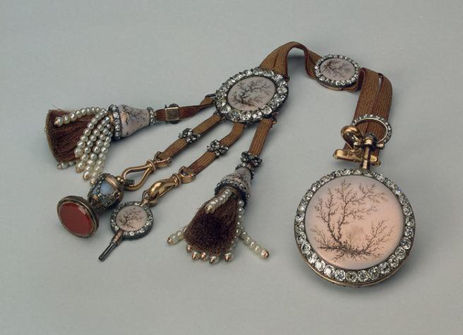 Châtelaine Шатлен- романтичната чанта на XIX век 33