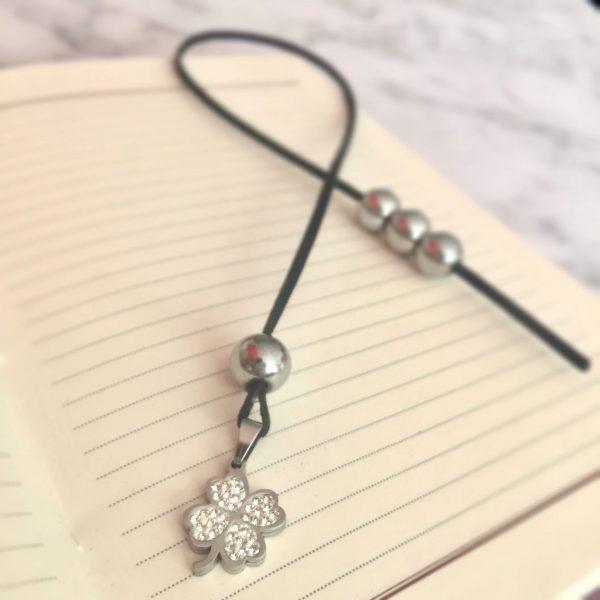 Разделител за книга - Сребърна детелина с камъчета 1 - ivspiration.com