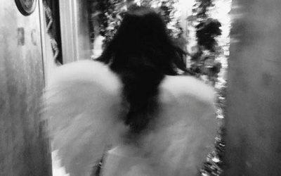 И ангелите ти завиждат, знаеш ли